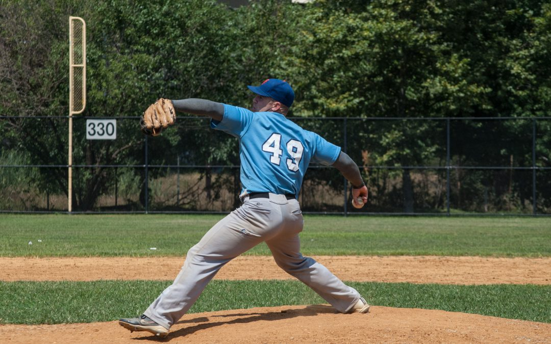 How to Prevent Shoulder Injury During Baseball Season