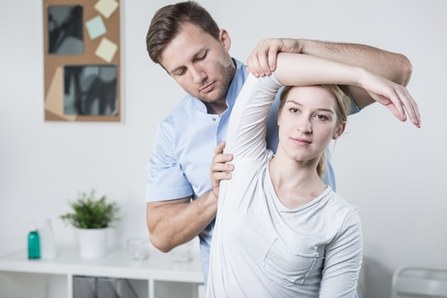 Rotator cuff rehab exercises — working with a therapist for long-term relief