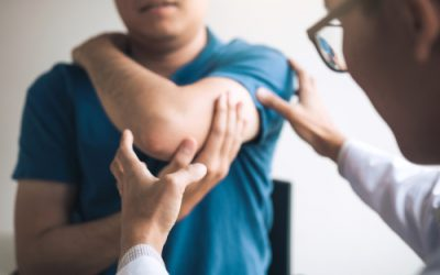 Is my elbow pain golfer's elbow or tennis elbow?