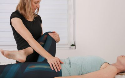 How can physical therapy help with hip bursitis?