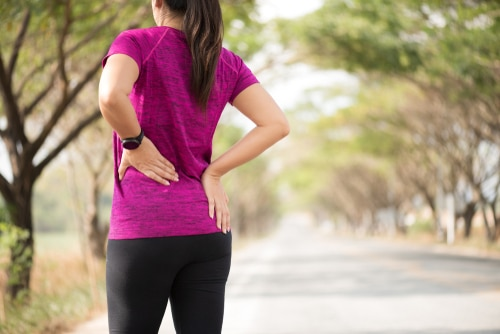 Who is likely to develop both lower back and hip pain?